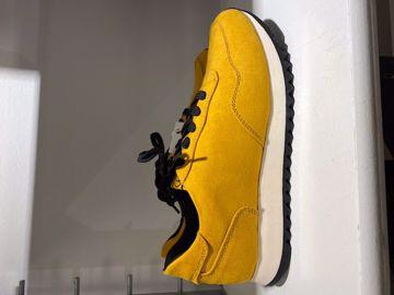 Gul Sneakers